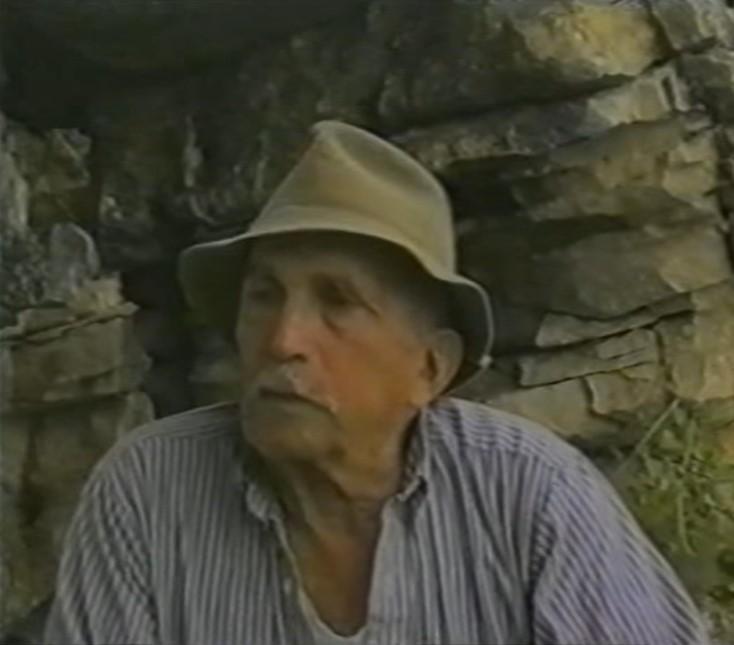 נורמן מייסד שביל נורמן בתקריב